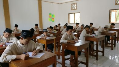 Photo of Ujian Tengah Semester Pesantren Al lu'lu' Wal Marjan (26 Februari 2018)